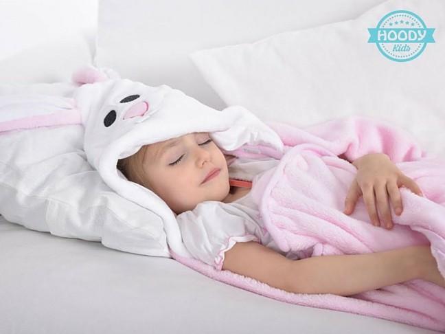 alvás és etetés