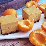 Gyümölcshabos csokis szelet sütés nélkül