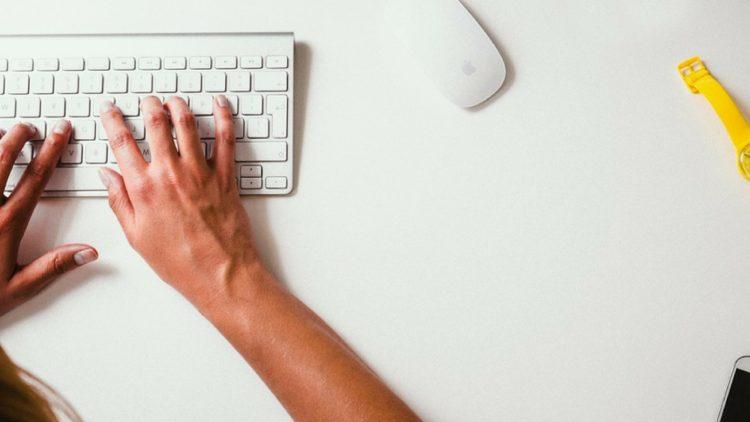 blogger és közösség