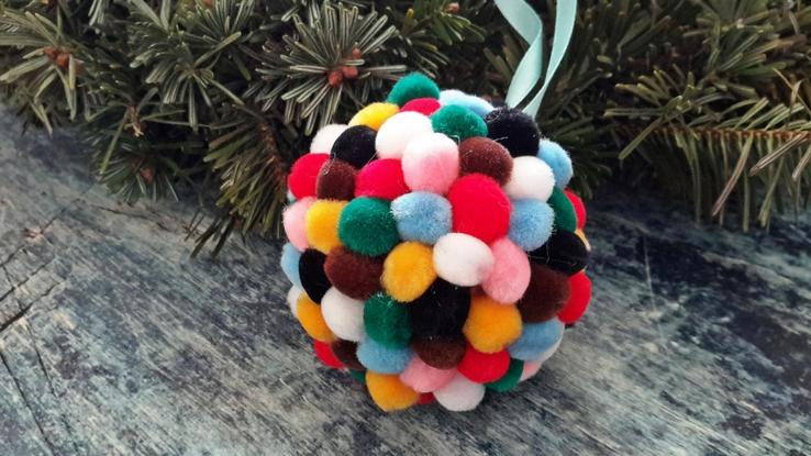 karácsonyi zsenília gömb