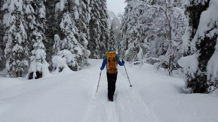 winter safe hiking