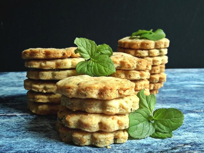 bazsalikomos keksz