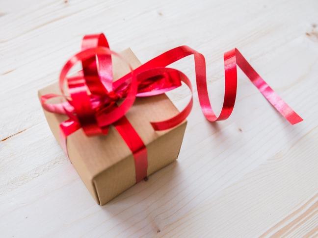 mit adjunk ajándékba