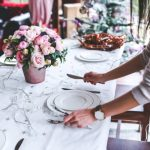 How to Organize a Christmas Party for a Large Family