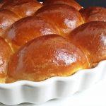 Formabontó: édes zsemle a pitesütőből