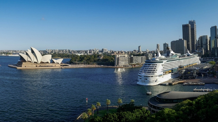 cruise tour to Australia