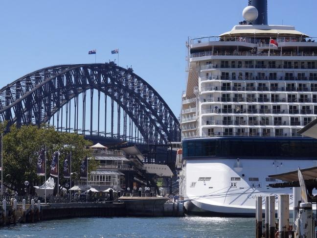 cruise tour to Australia