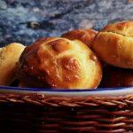 Kettő az egyben: vágott krumplis pogácsa