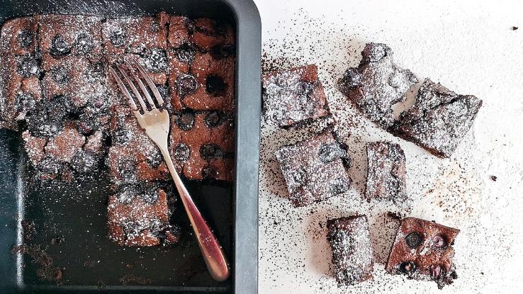 brownie áfonyával recept