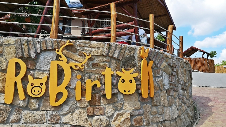 állati jó RoBirtok élményközpont Kosd