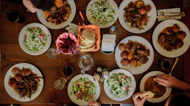 family eat healthier