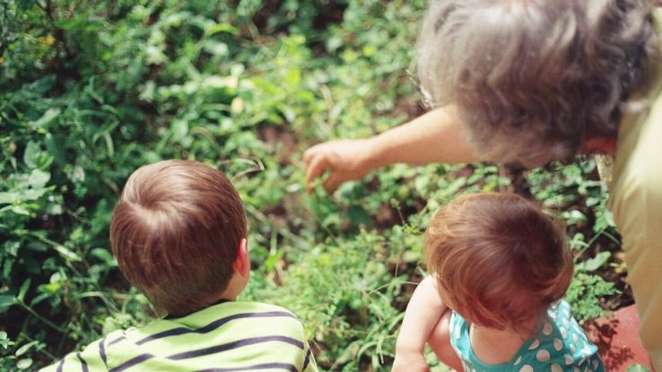 kids spend time with grandparents