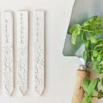 Tavaszi ültetés – növényjelölő pálcák porcelángyurmából