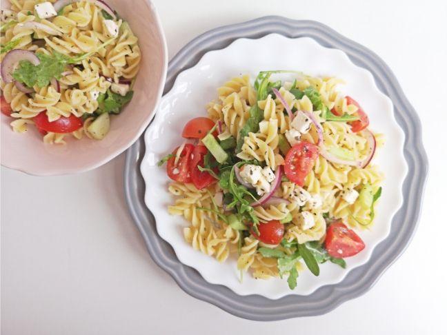 görög saláta tésztával recept