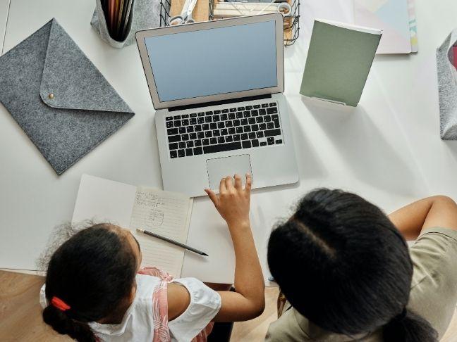 help kid with online school