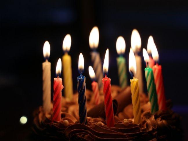 negyvennyolc éves születésnap