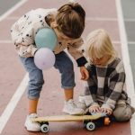 6 Easy Ways to Keep Your Child Entertained