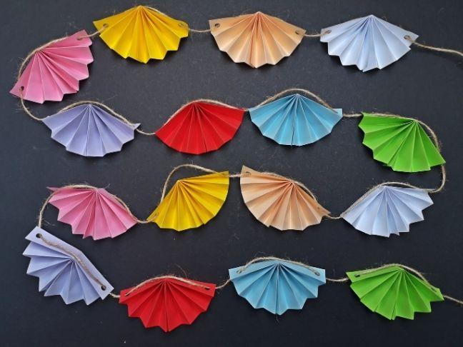 DIY farsangi füzér a szivárvány színeiben