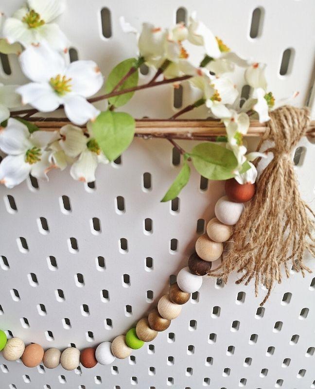 DIY tavaszi hangulatú fali dekor