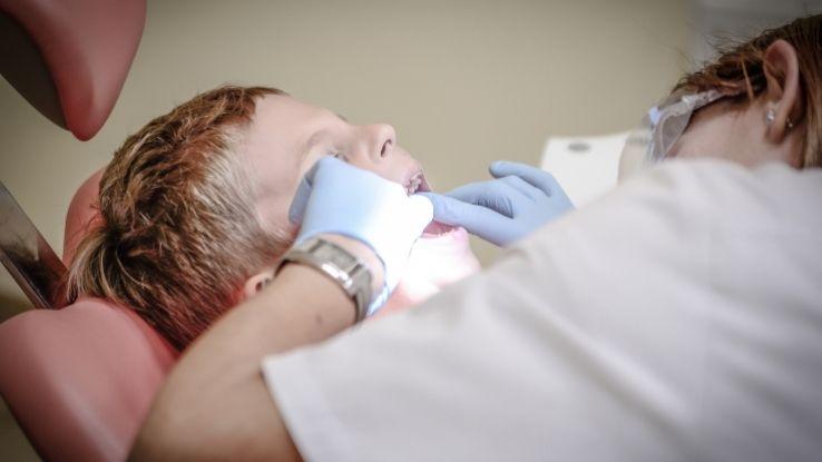 taking child to dentist