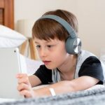 Technology and Children: Growing Up In the Digital Age